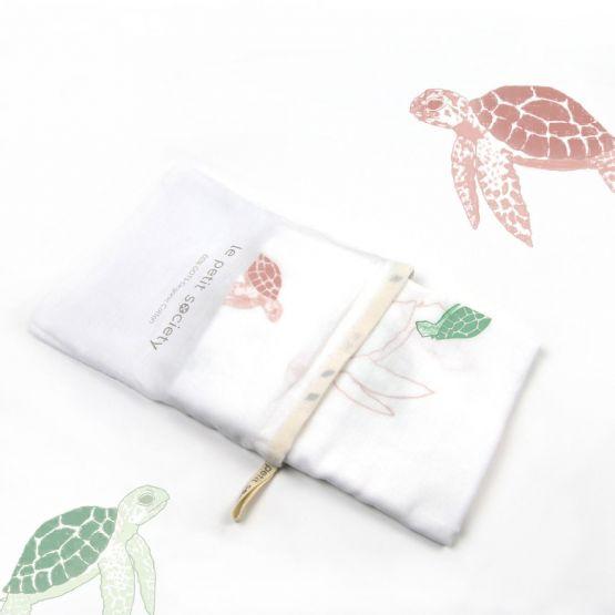 *Bestseller* Organic Muslin Swaddle - Turtles