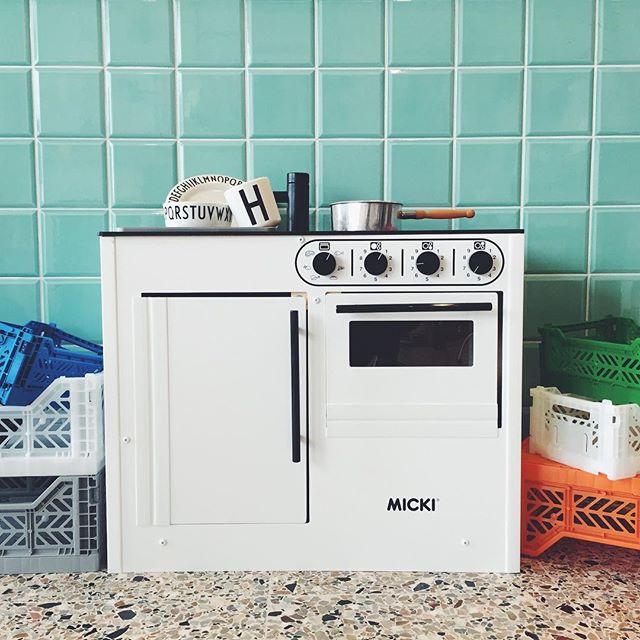 Love :: Micki Bistro Mini Kitchen