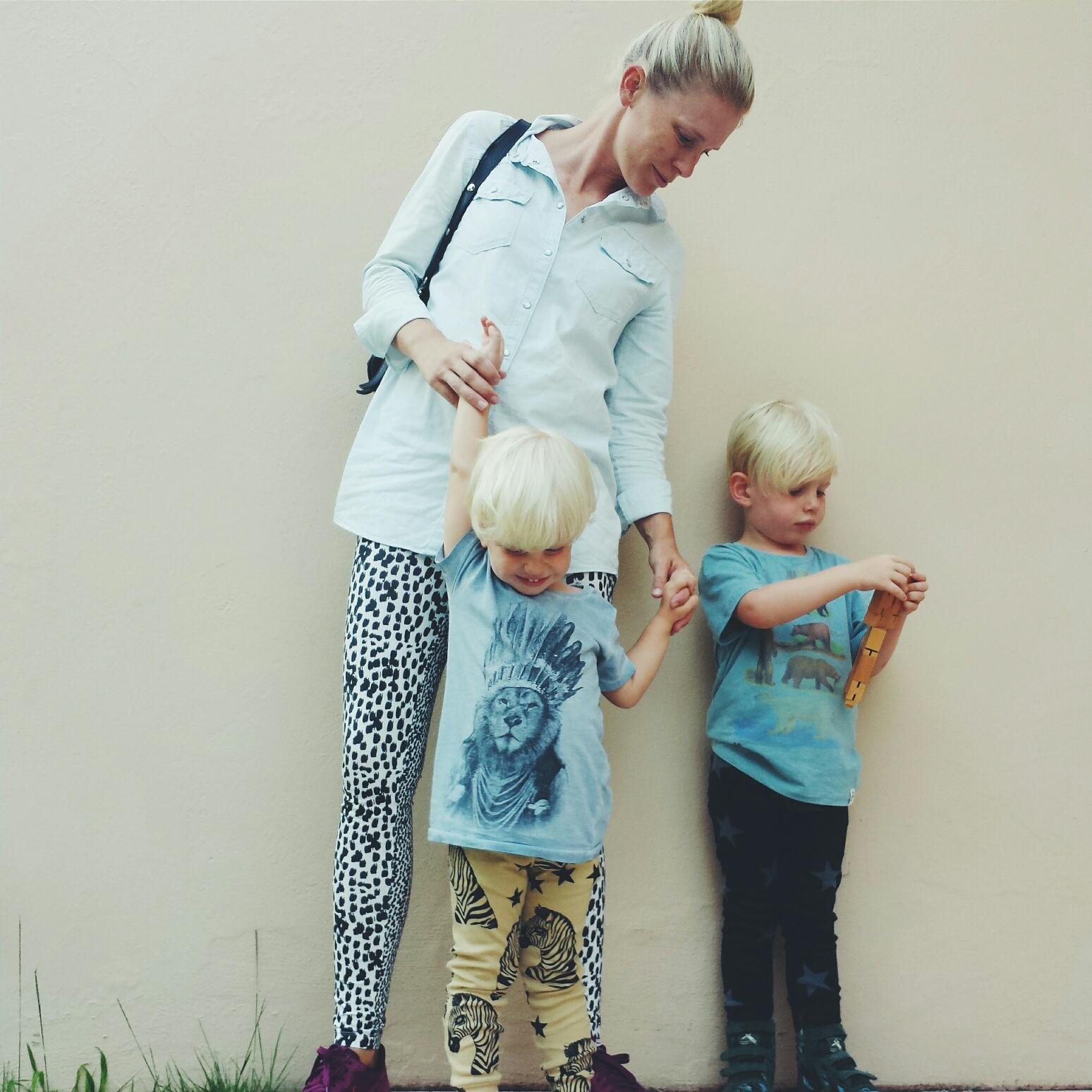 Inspiring Moms :: Linda from Live Loud Girl
